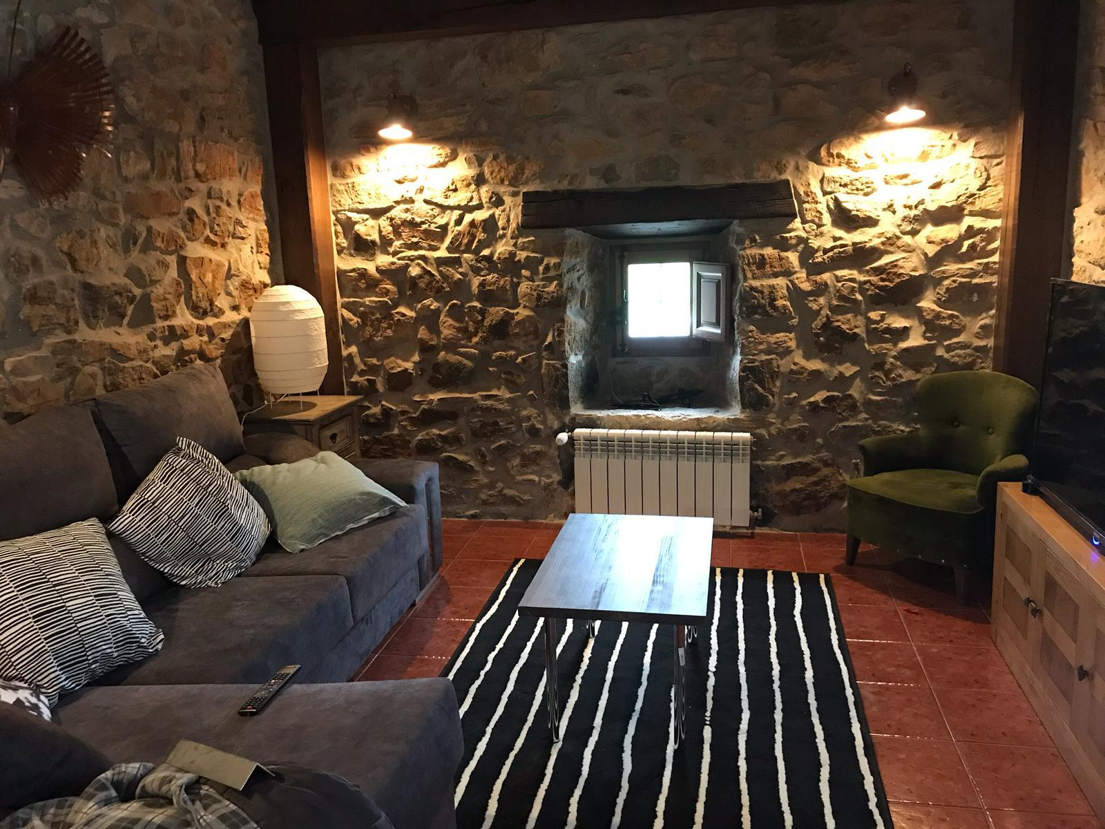 hotel rural-abanillas-cantabria-san vicente-comillas-llanes-asturias-mascotas-desayuno-casa rural (9)