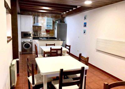 Cocina - Comedor -casa rural-abanillas-cantabria-20 personas